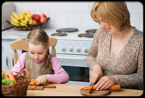 healthy_eating_s3_daughter_helps_mom_cook, www.medicinenet.com