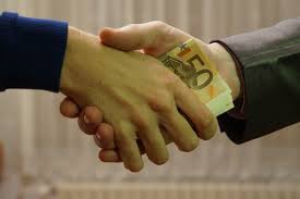 bribe-b-commons-wikipedia-org